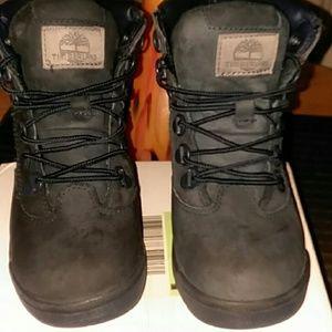 Kids timberland boots size 1.5